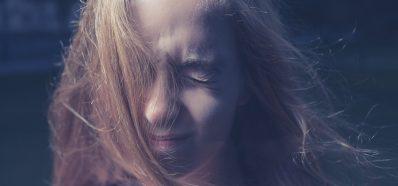 El Viento o el Aire Frío pueden provocar Dolor de Oídos