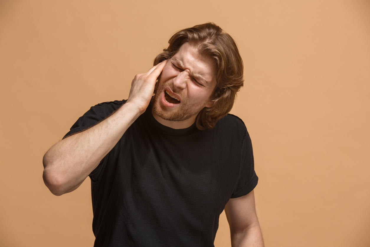 dolor de oido boca y garganta