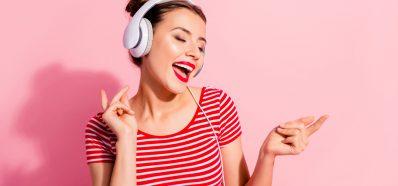 La Estrecha Relación entre la Voz y la Audición