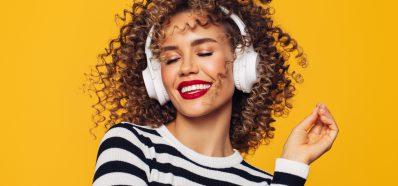 Beneficios y Riesgos de la Música para los Oídos